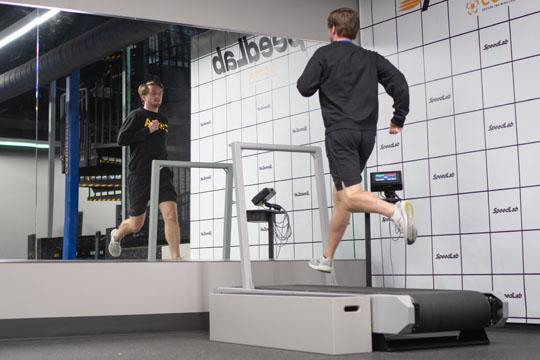 Perform-X-High-Speed-Treadmills3.jpg