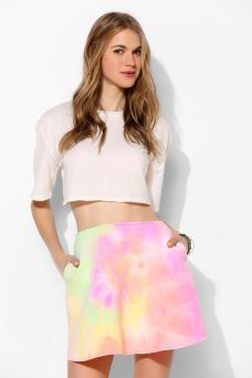 Urban Outfitters. http://www.urbanoutfitters.com/urban/catalog/productdetail.jsp?id=30790380&parentid=W_APP_BOTTOMS_SHORTS