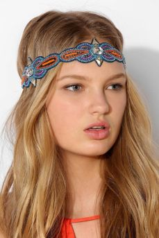 Urban Outfitters. http://www.urbanoutfitters.com/urban/catalog/productdetail.jsp?id=31351836&parentid=W_ACC_HAIRACCESSORIES
