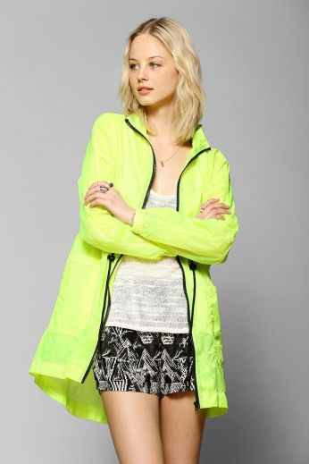 Urban Oufitters. http://www.urbanoutfitters.com/urban/catalog/productdetail.jsp?id=31107162&parentid=W_OUTERWEAR