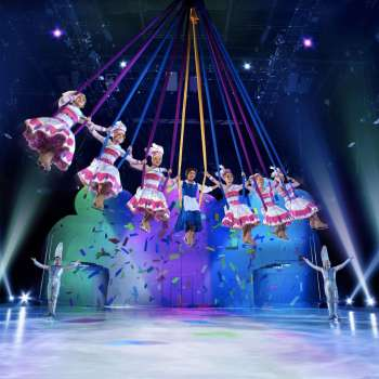 Behind The Scenes With Disney On Ice Presents Mickey's Search Party!
