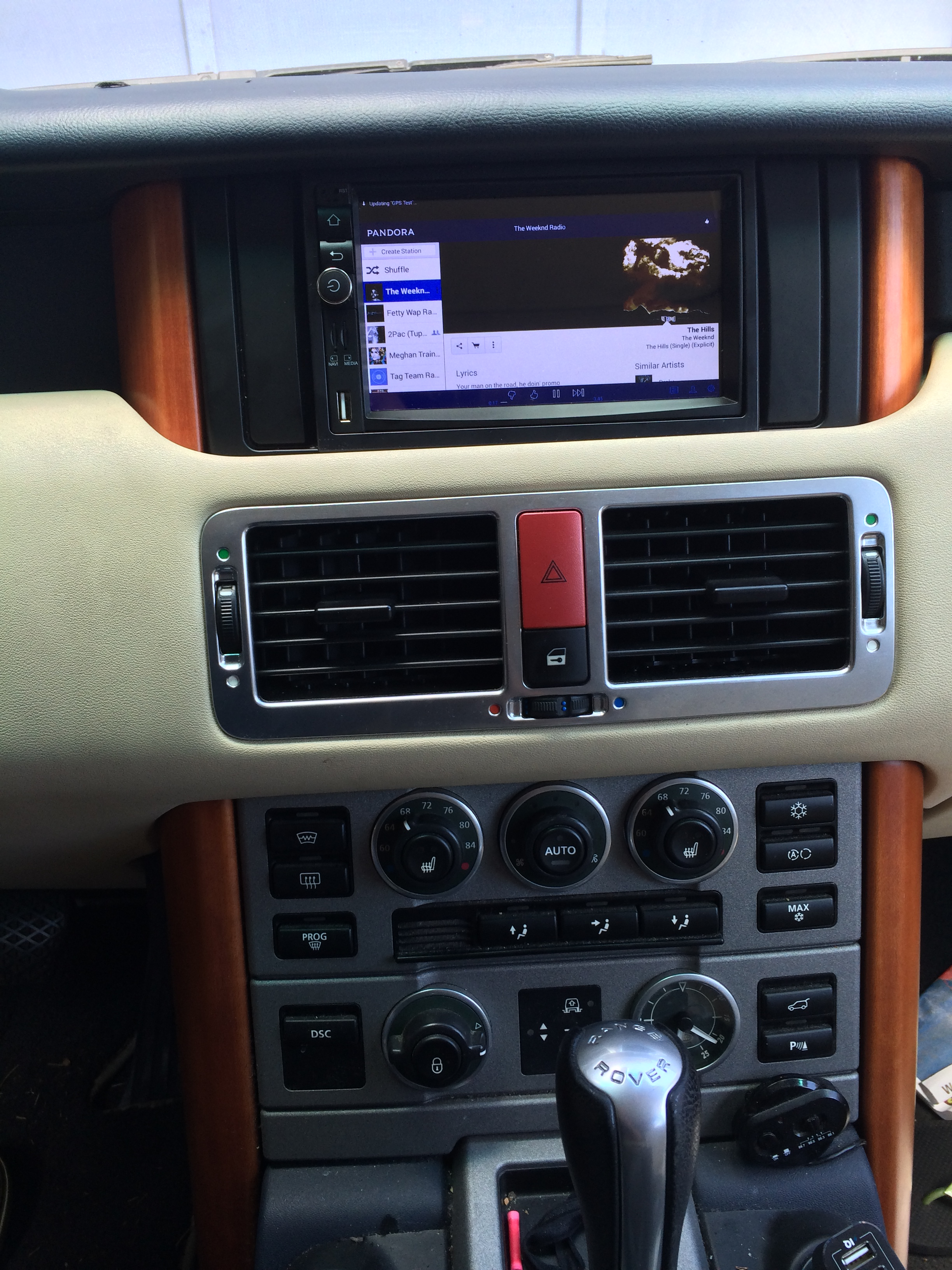 Upgrading Range Rover Stereo and Navigation Part 1 f Road Range