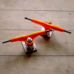 Gullwing Pro III Orange Pair