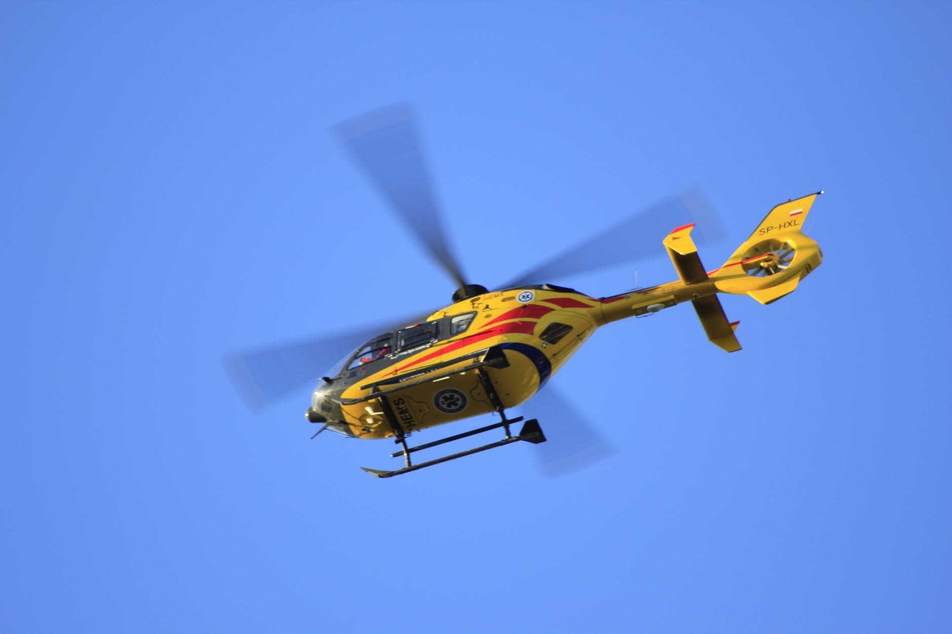 helicopter-flying-medical-float-65943