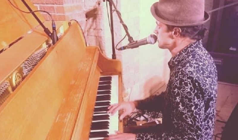 Stephen Schuch is the featured performer for the Stage Left Open Mic, September 10, starting 7pm.