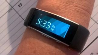 Microsoft Band 2 - wearing on wrist curved screen