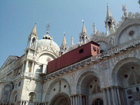 A side view of the Basilica di San Marco.