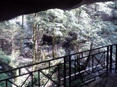 Pradis caves 8