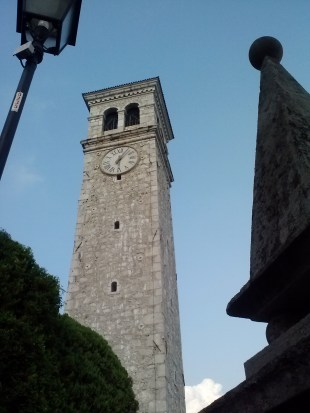Pradis church tower