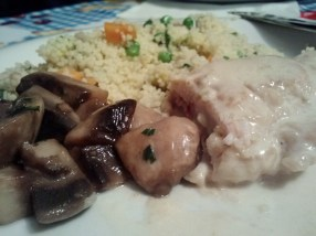 Couscous con funghi e fagottino, couscous with mushrooms and meat