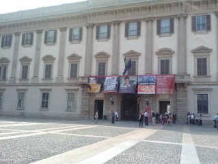 Outside the Palazzo Reale.