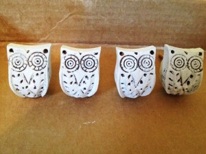 Painted Owl Knobs   www.ofhousesandtrees.com