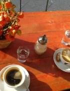 Otro-precioso-café-berlinés-donde-hacen-el-peor-café-del-mundo.-Il-Pomeriggio.-Sin-jornada-intensiva