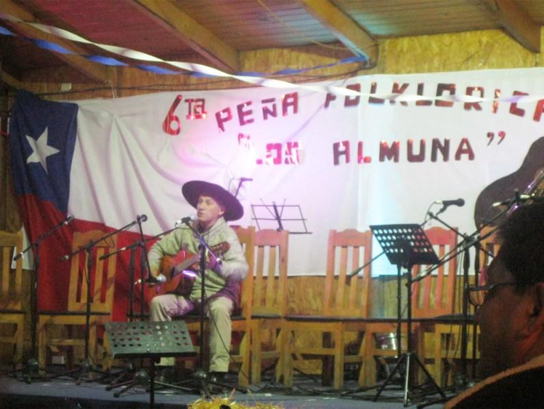 Manuel Contreras, cantor de San Fabián de Alico