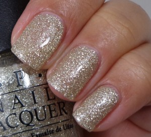 OPI My Favorite Ornament 1