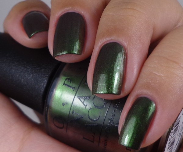 OPI Green On The Runway 1