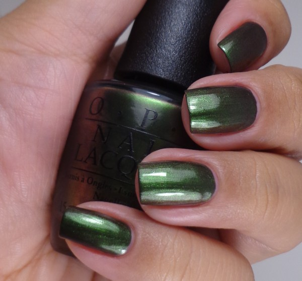 OPI Green On The Runway 2