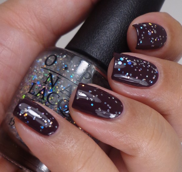 OPI Snowflakes In The Air 1