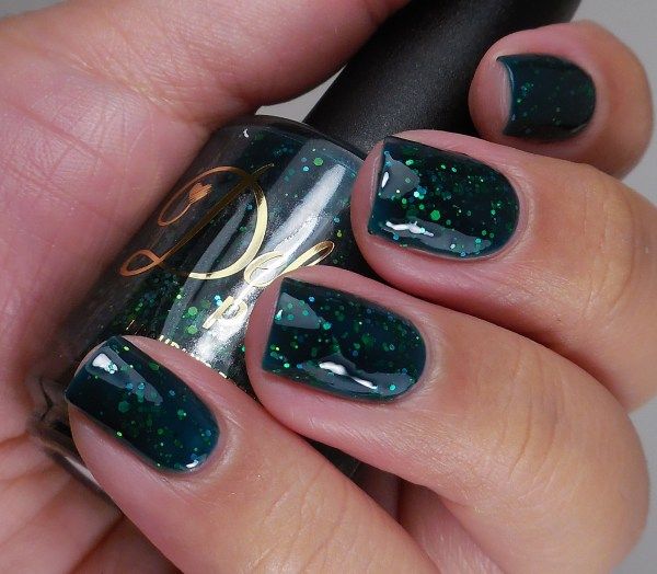 Delush Polish Green With Ivy 3