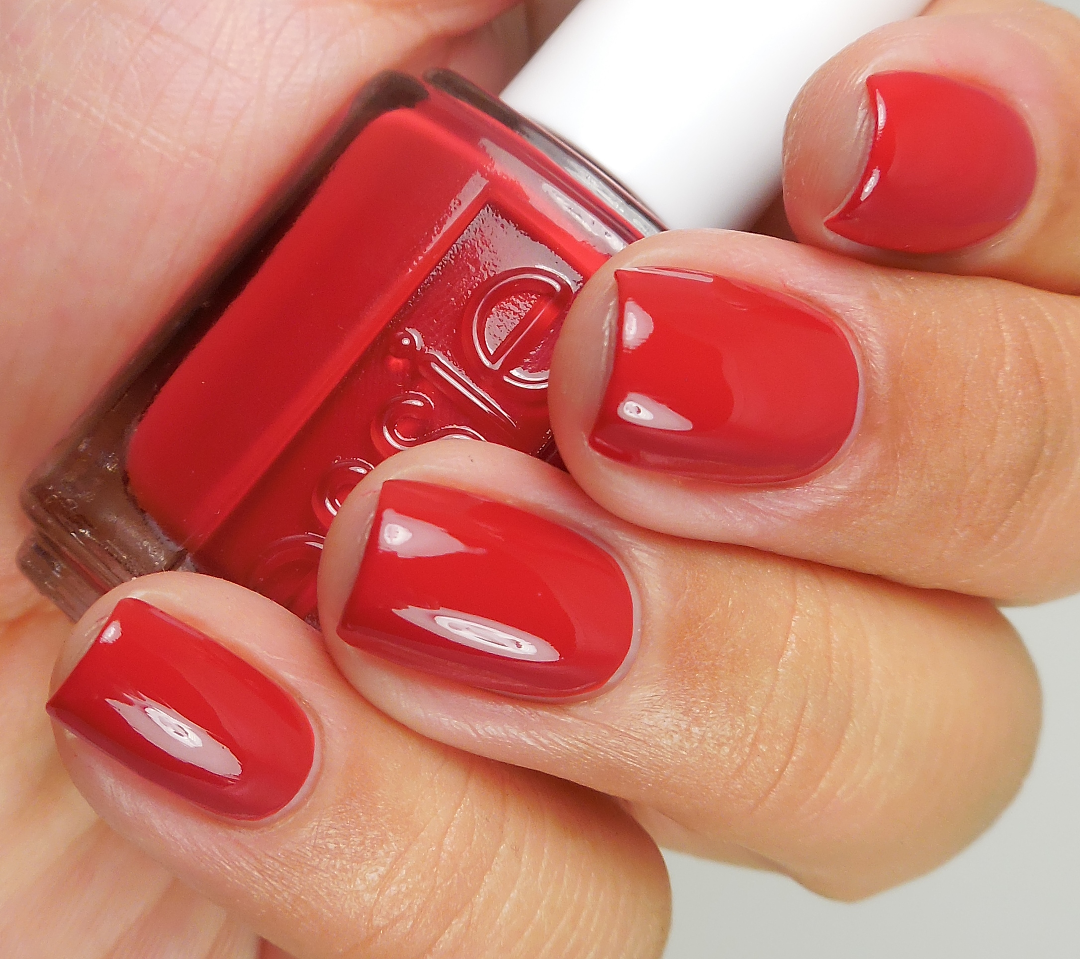 Essie Archives - Of Life and Lacquer