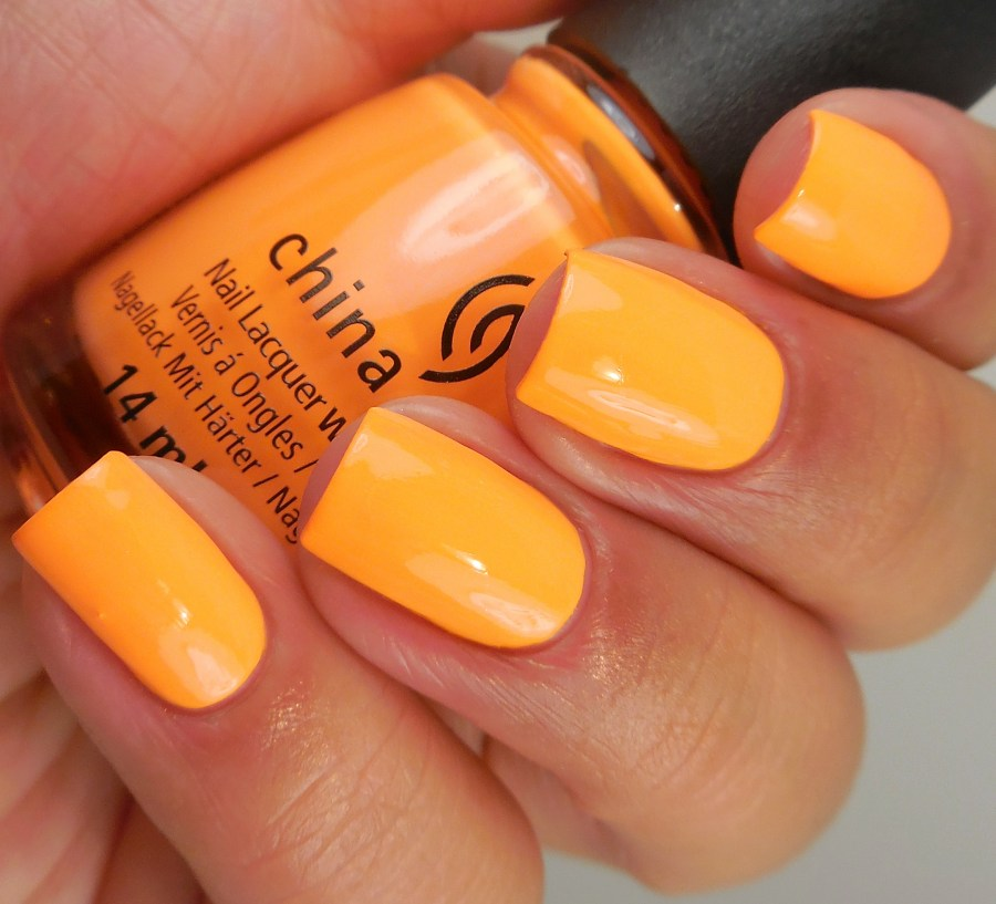 China Glaze None Of Your Risky Business 2