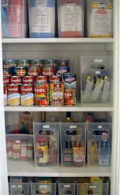 Here's a budget friendly way to organize your kitchen pantry. Use magazine holders!