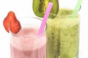This secret smoothie hack will make weight loss so easy.