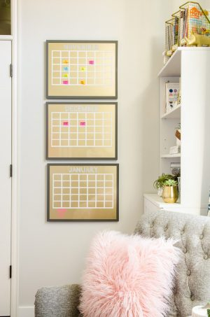 Use whiteboard calendars to keep track of memos and other important events in your home office.