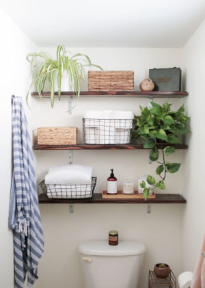 11 Creative Bathroom Storage Ideas Using Baskets
