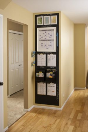 I definitely need this kitchen command center in my home. I love the chalkboard backdrop!