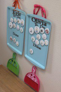 This is a magnetic chore chart. I really want to try this with kiddos! Repin for later!