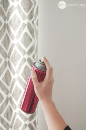 Use hairspray on your curtains to repel dust and dirt. Repin for later!