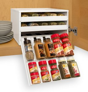 This spice rack organizer is pretty cool. Repin if you need one in your kitchen!