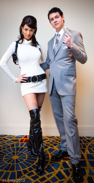 Archer and Lana diy halloween costume idea for couples. Repin!