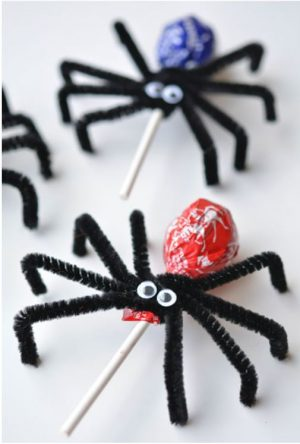 Halloween food idea- Toostie Pop Spiders