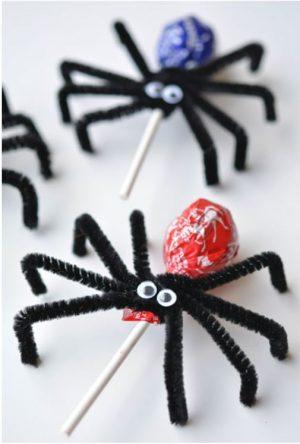 Halloween food idea- Toostie Pop Spiders