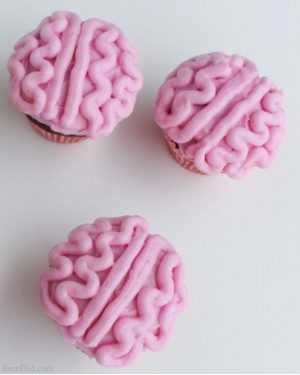 Halloween food ideas- Zombie brain cupcakes!