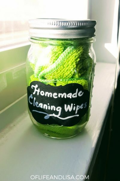 These homemade cleaning wipes are easy to make!