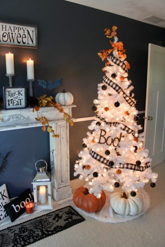 orange black and white halloween christmas tree - 18 Best Halloween Christmas Tree Decorating Ideas for 2019