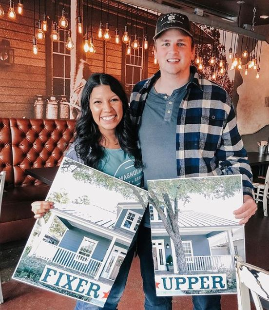 chip and joanna fixer upper halloween costume - 50 Best Couples Halloween Costume Ideas for 2019