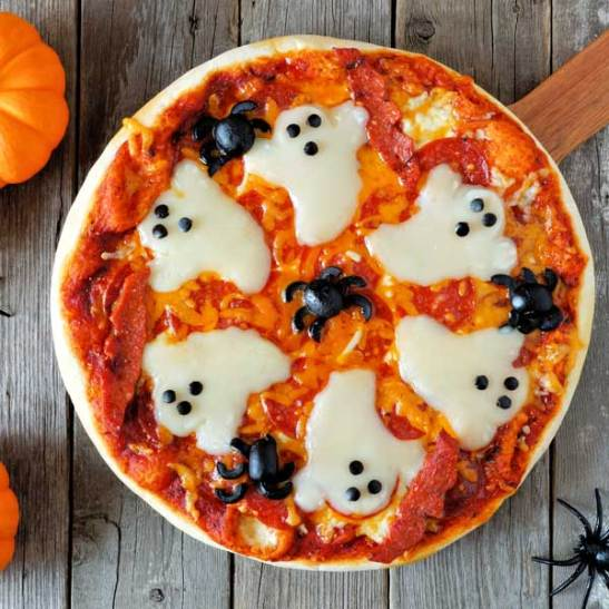 halloween pizza - 15 Most Brilliant Halloween Party Food Ideas