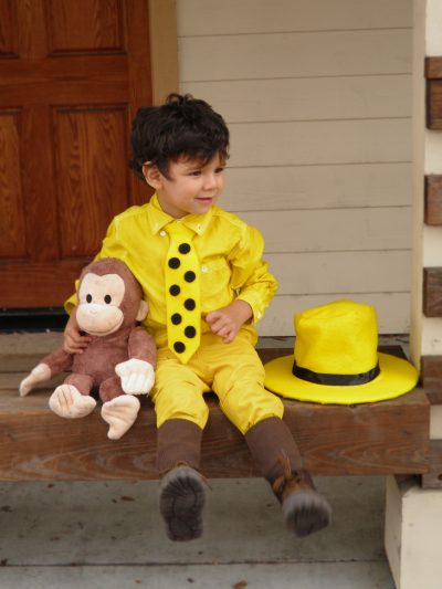 He is just TOO CUTE! | DIY Man in the Yellow Hat- Curious George Halloween Costume Idea for Boy Toddlers