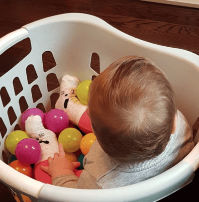 Bring a ball pit into your home for a fraction of the price. Simply fill a laundry basket with plastic balls and let the little ones go to town!   Toddler Parenting Hacks