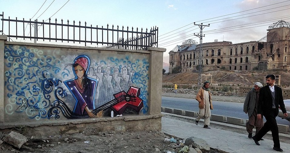 Shamsia Hassani. Burqa 4