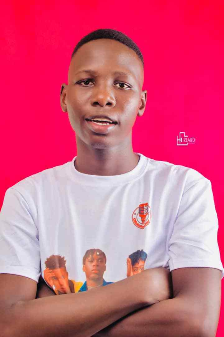 Ofofoloaded is one of the most influential bloggers in Nigeria [Instagram/Ofofoloaded]