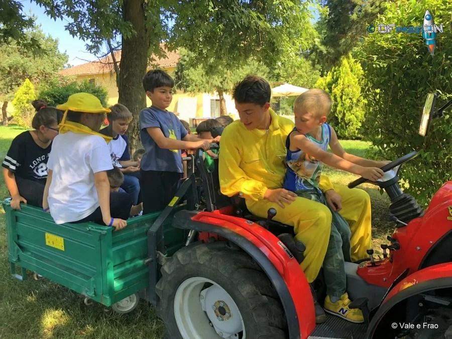 summer camp con l'apicoltore alla scoperta degli alveari valeria e francesco