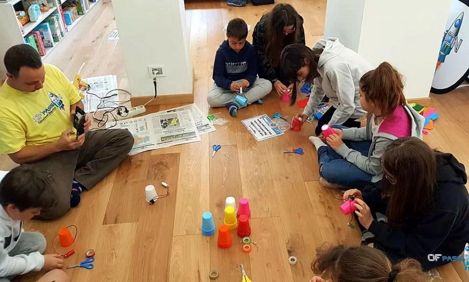 Passaggi per costruire un robot. laboratorio ofpassion libreria start