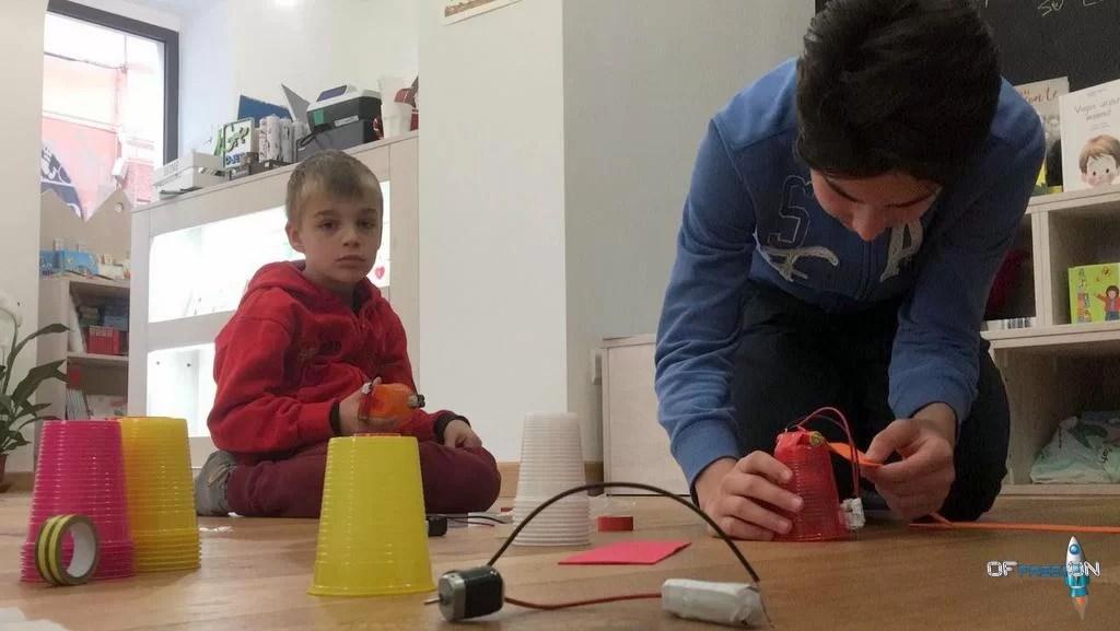 Libreria Start Varazze laboratorio con Ofpassion robotica educativa