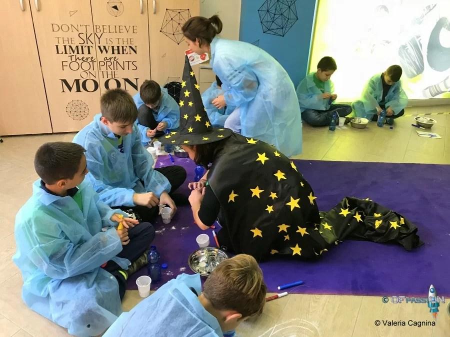 laboratorio domenica ofpassion inaugurazione aula giocando con la scienza