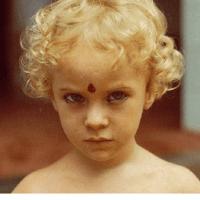 """יהונתן אופק, """"ילדי האשראם"""": מה כוחו של סוד שנחשף"""